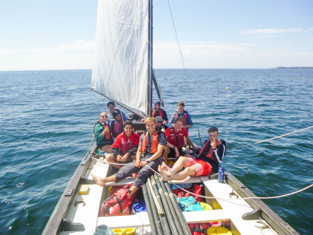 sailing outdoor expedition