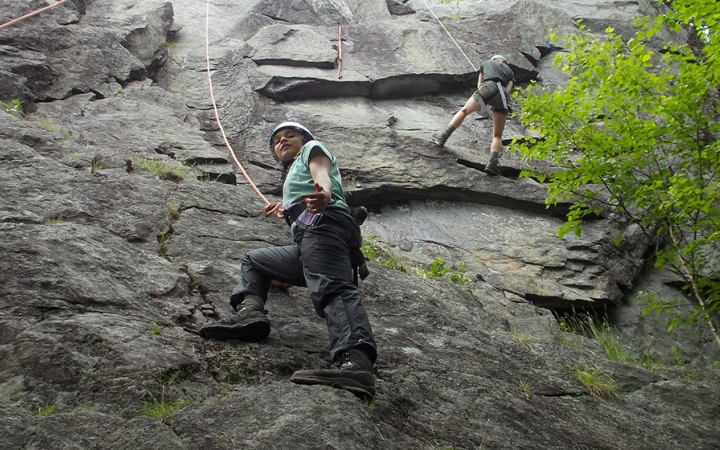 rock climbing course for teens in maine