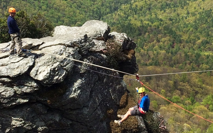 Repelling and rock climbing classes
