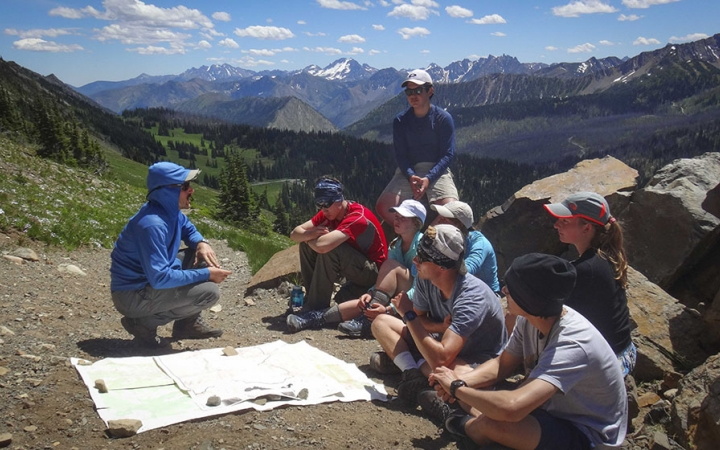 teen backpacking courses