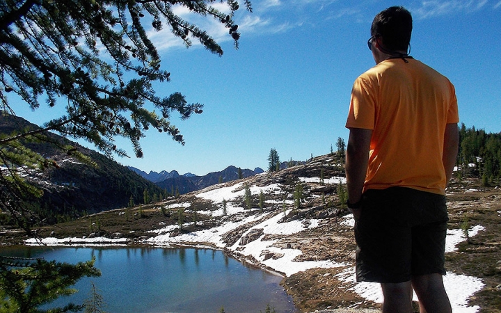guided backpacking in washington