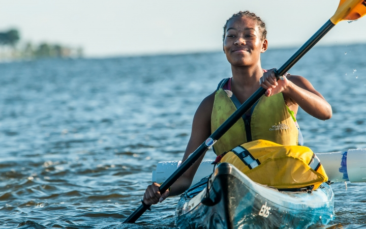 teens learn kayaking skills near baltimore
