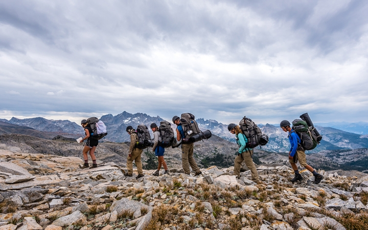 california backpacking course for teens
