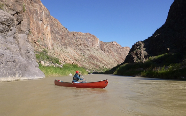 learn to canoe in texas