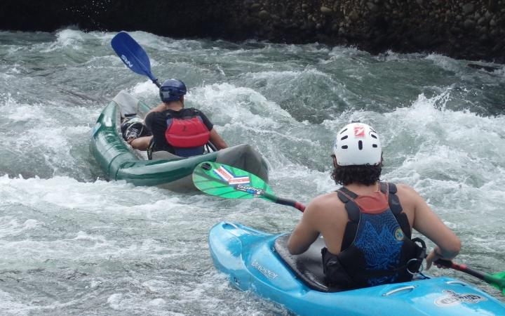 learn whitewater skills in costa rica