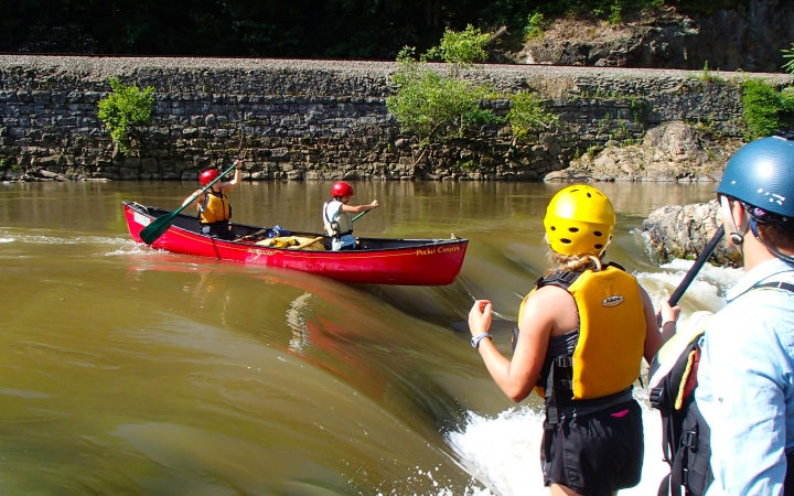 guided canoeing trips for teens