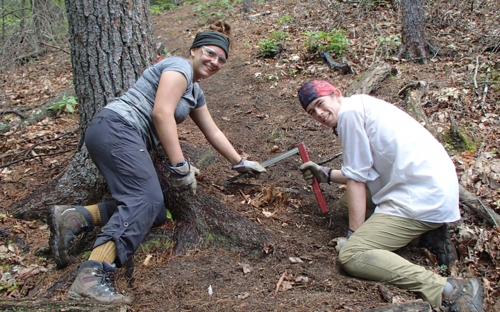 service project on outdoor leadership course