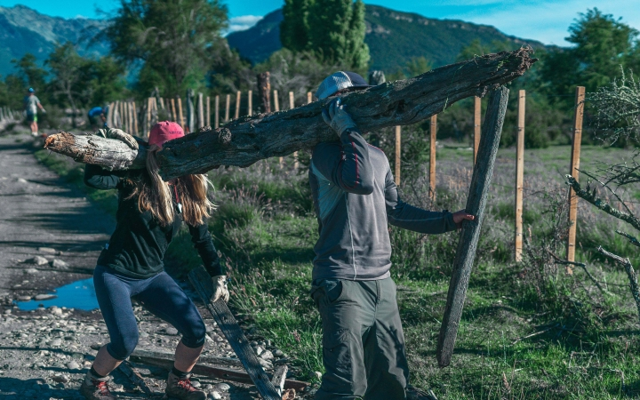 service learning on outdoor leadership trip to patagonia