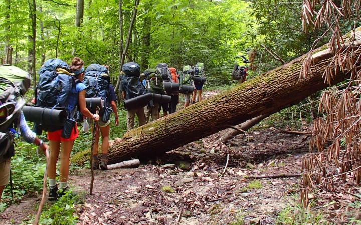 Learning to set goals on youth backpacking trips to the blue ridge mountains.
