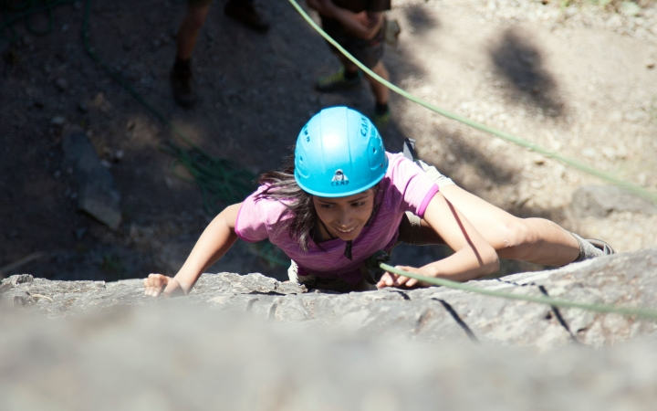 rock climbing trip for teen girls