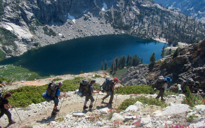 adult backpacking lessons in california