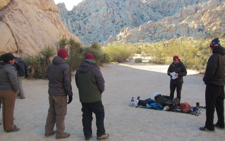 adults learn backpacking in joshua tree