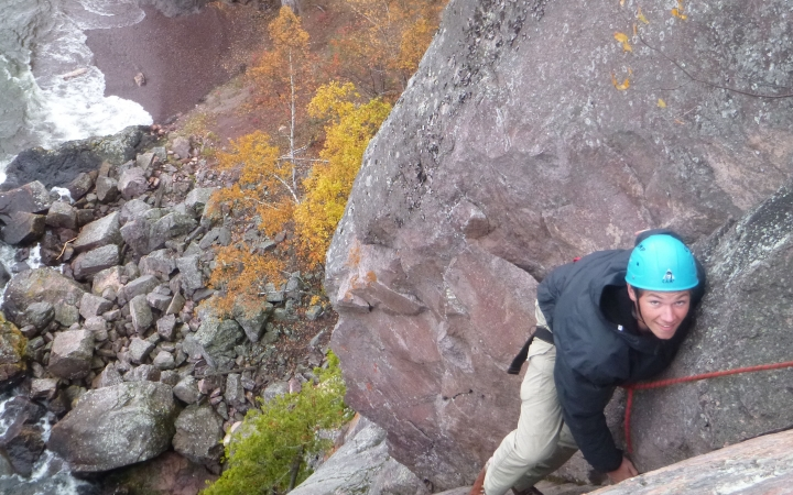 rock climbing and repelling in canada