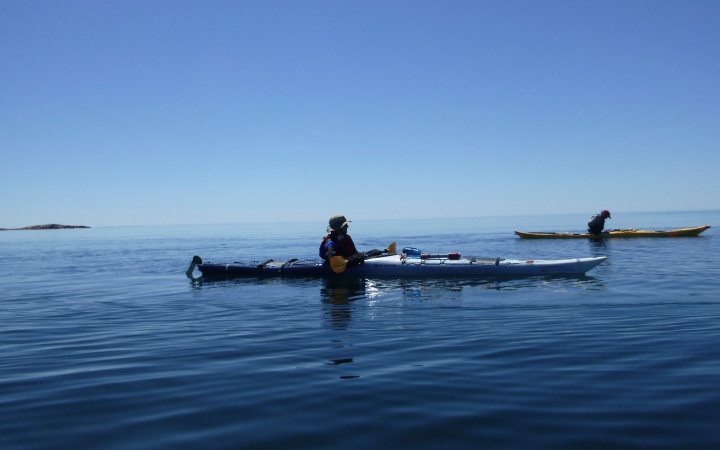 adults learn how to sea kayak