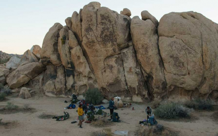 spend gap year backpacking in joshua tree
