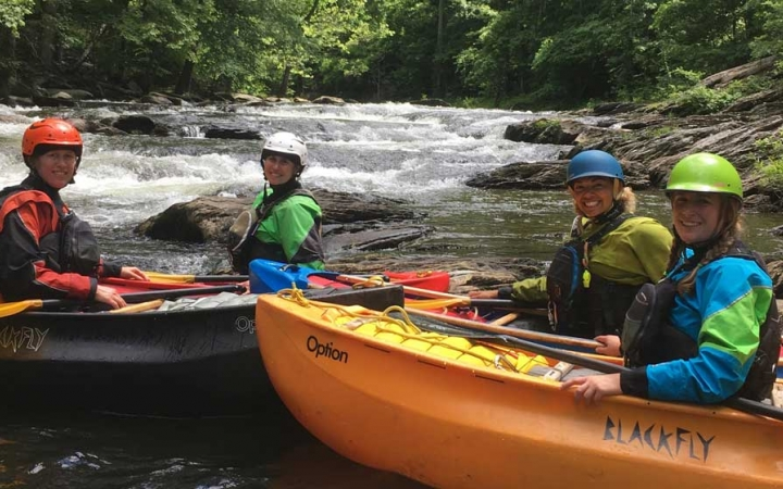 learn canoeing skills on gap year semester course