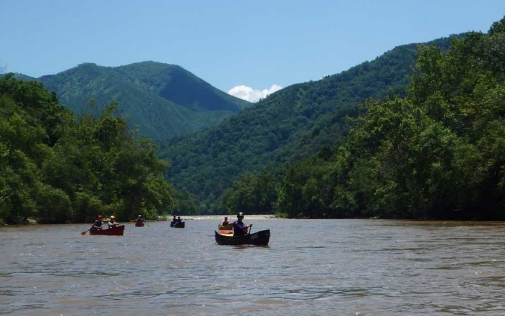 adults only canoeing trip in north carolina