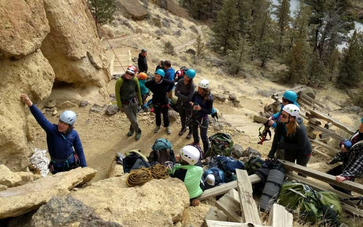 rock climbing adventure for adults in oregon