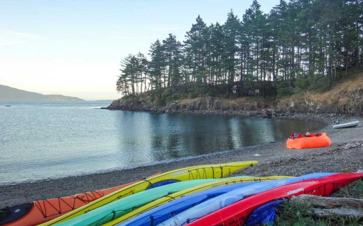 pacific northwest sea kayaking