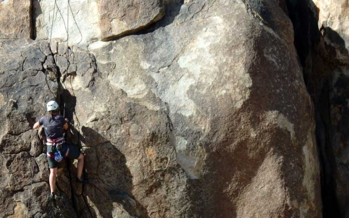 joshua tree rock climbing camp