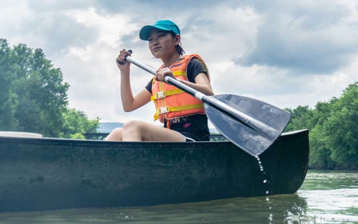 canoeing camp for teens in west virginia