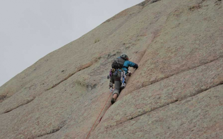 rock climbing in the colorado rockies