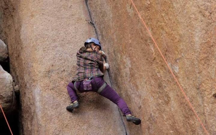 learn how to rock climb in the colorado rockies