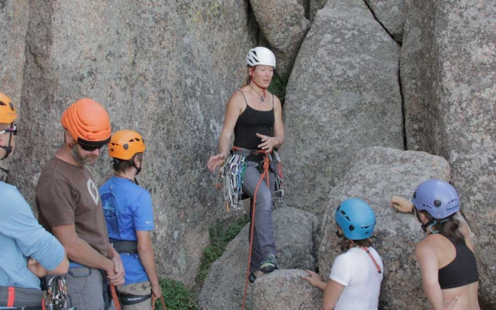 rock climbing class for young adults in colorado