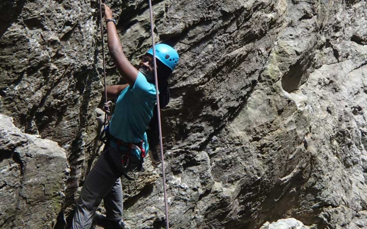 adult rock climbing course