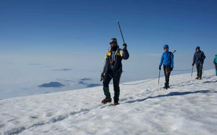 mt. rainer mountaineering