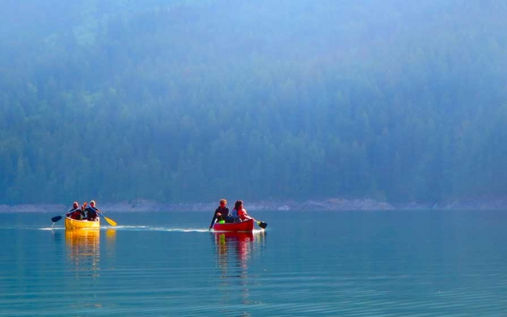 canoeing adventure for teens in washington