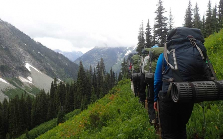 backpacking trip for adults in washington