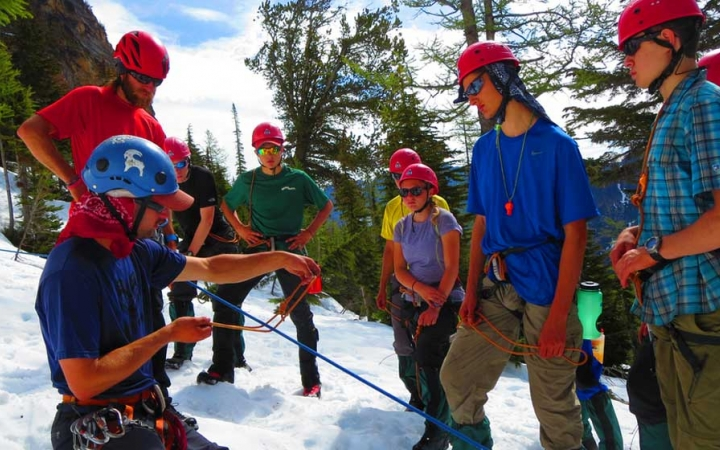 group mountaineering instruction