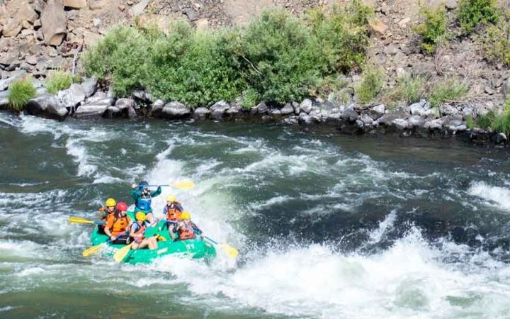 Oregon Rafting Backpacking For Girls Outward Bound