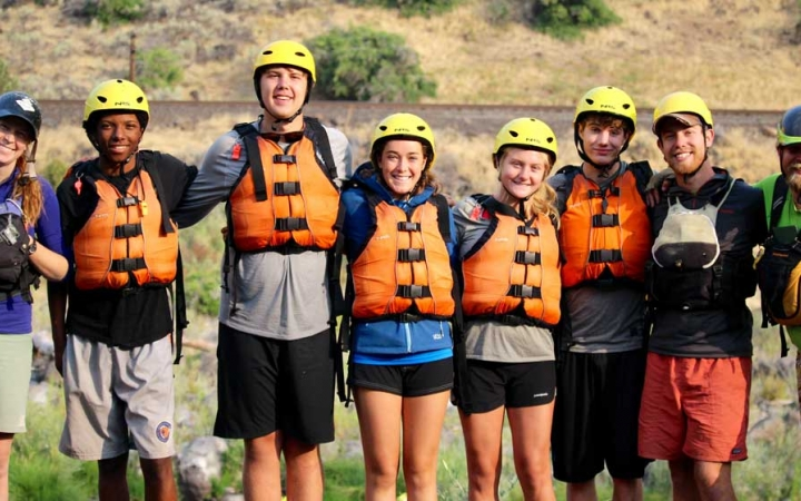 teens rafting in oregon