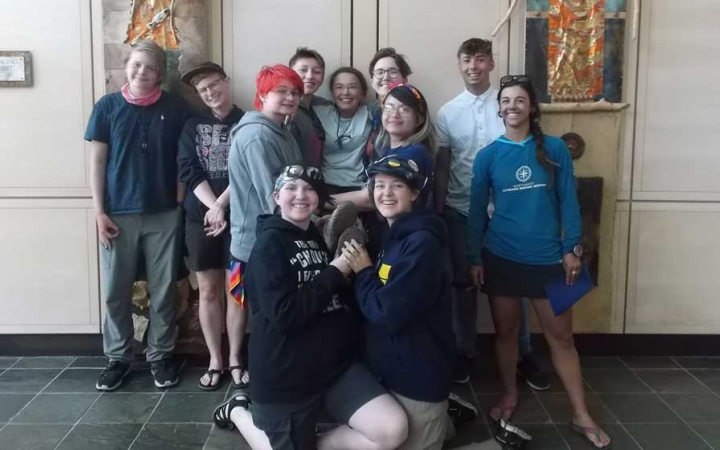 lgbtq teens outdoor expedition in oregon