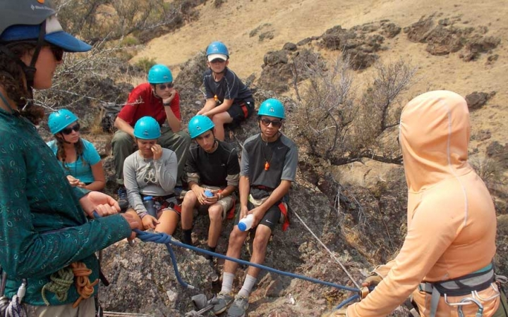 mountaineering summer camp for teens in oregon