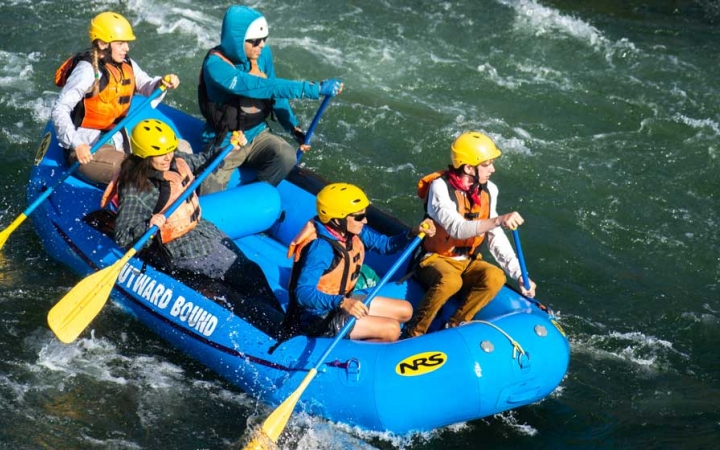 rafting expedition for teens in oregon