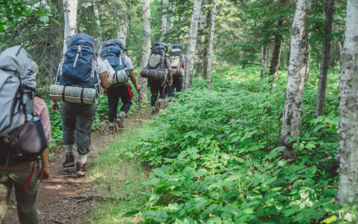 students on backpacking course
