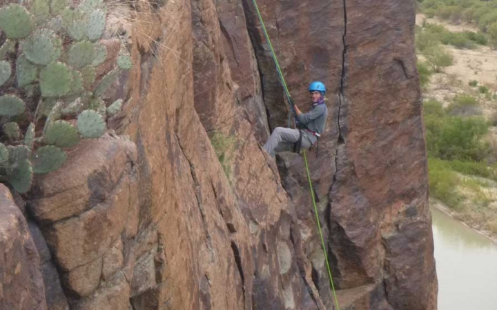 climbing course in texas for at risk youth