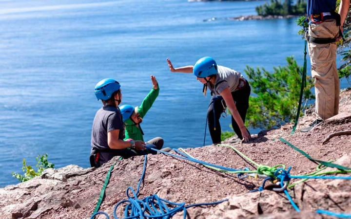 rock climbing class for teens in minnesota