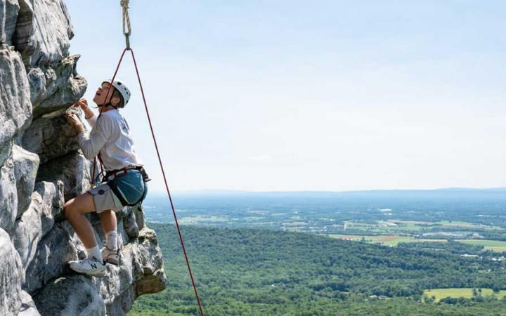 climbing camp for teens in baltimore