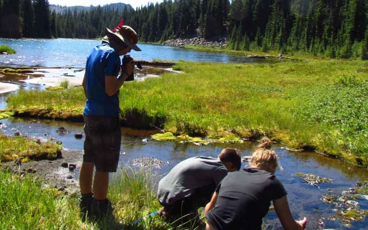 backpacking adventure for teens in oregon